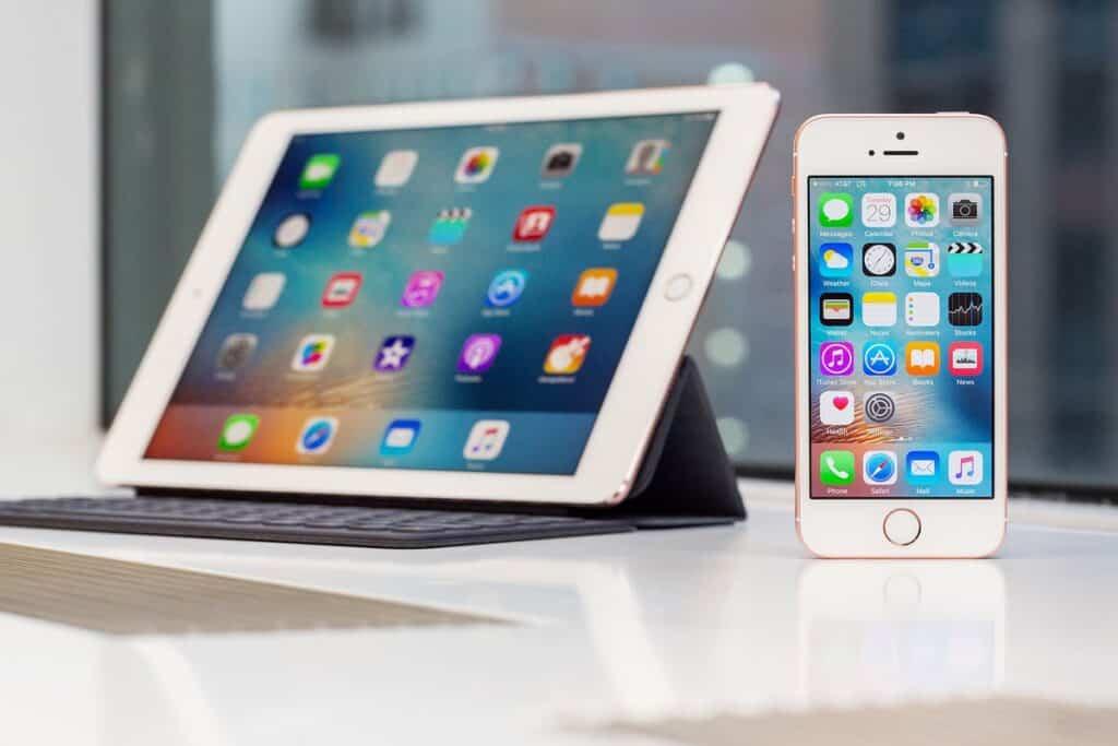 Apple lanza un nuevo un firmware para iPhone y iPad
